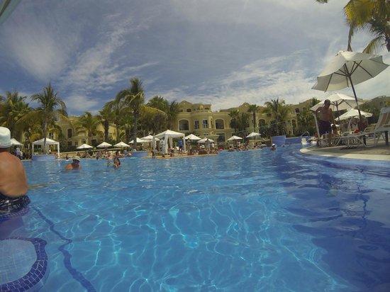 Pueblo Bonito Emerald Bay : Main pool