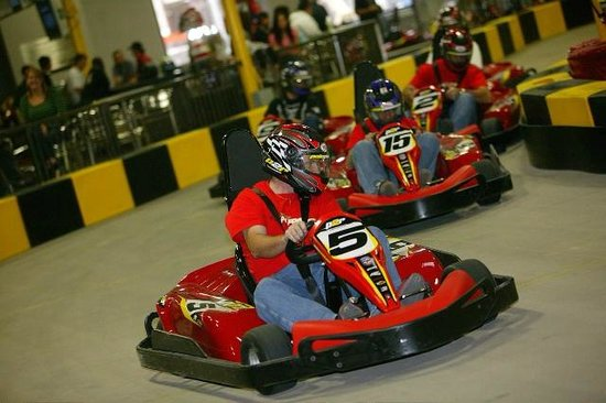 Pole Position Raceway: Family Fun