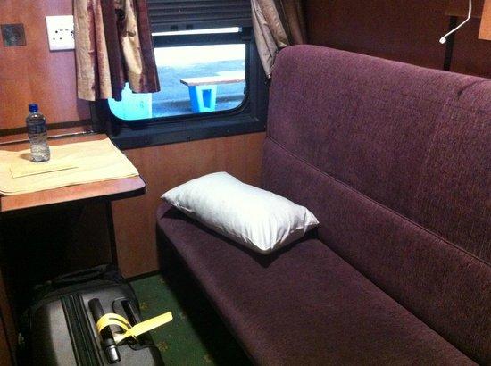 Premier Classe Train : Compartment