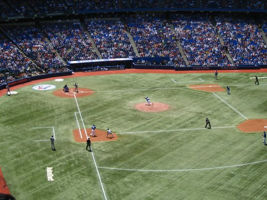 Rogers Centre : Pitching then Batting