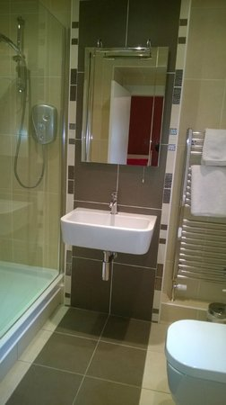Moraydale Guest House: Bathroom