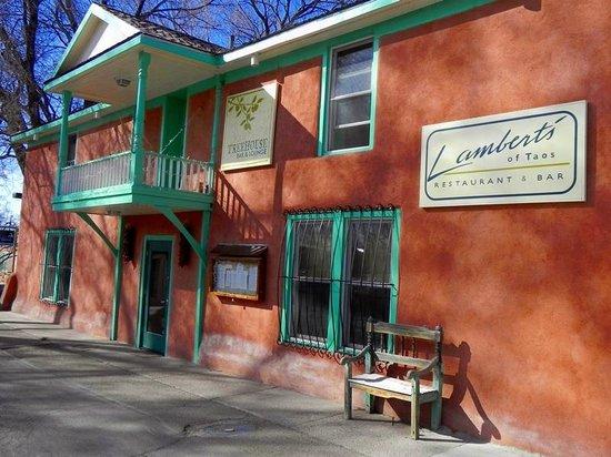 Lambert's of Taos: Front entrance