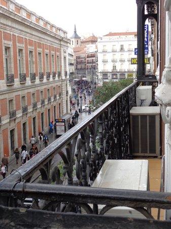 Hostal El Pilar: Vistas de la habitación