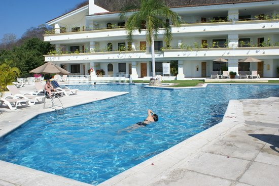 Park Royal Huatulco : Rooms poolside