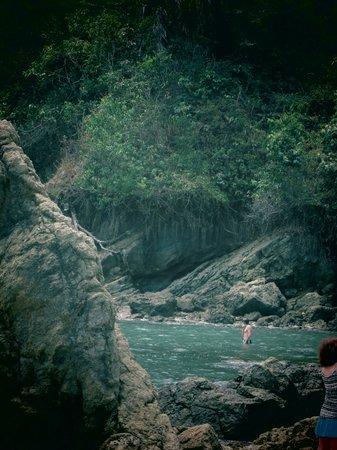 Playa Manuel Antonio (right-hand side) - ancient turtle trap