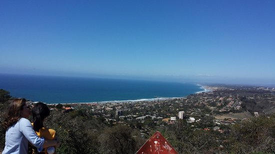 Bike and Kayak - La Jolla: 800 ft elevation with 360 view of San Diego