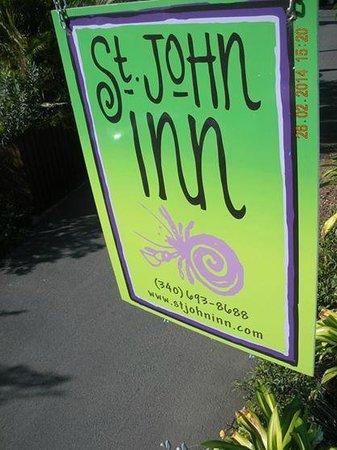 St. John Inn: Colorful sign and the Inn itself!!!
