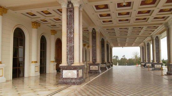 Mardan Palace : auffahrt zum hotel ein gang