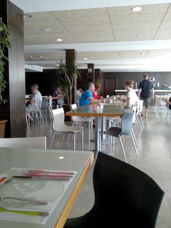 R2 Bahia Playa Hotel & Spa: La salle du resto