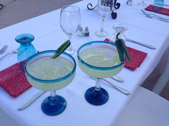 Villa Amor del Mar: Jalapeno Margaritas served at the special rooftop dinner