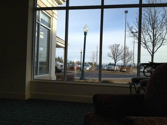 Hilton Garden Inn Spokane Airport: view outside