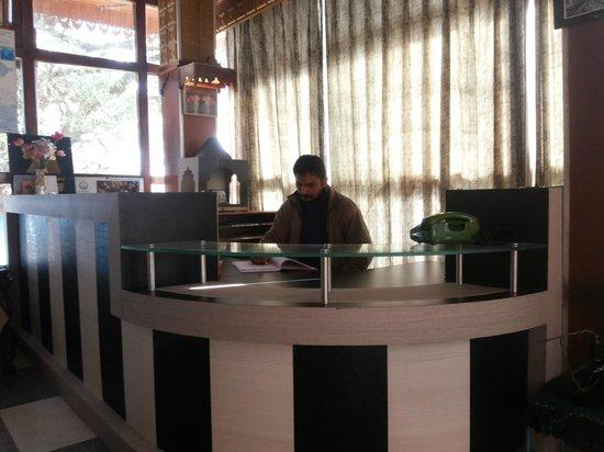 Hotel Silverton: Reception