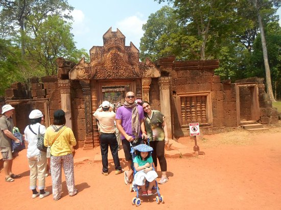 Siem Reap Private Day Tours: Banteay Srey - March 2014
