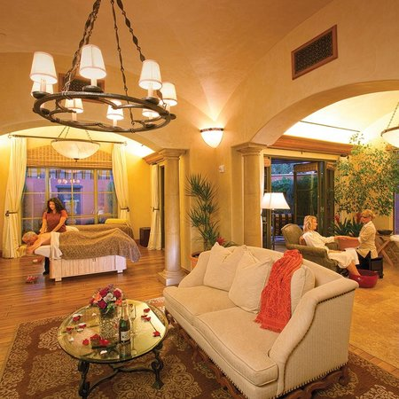 Toscana Country Club: Spa Bella Vita Luxury Suite at Toscana
