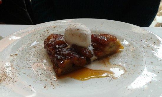 L'Onaindia Restaurant: Tatin de platan amb gelat vainilla