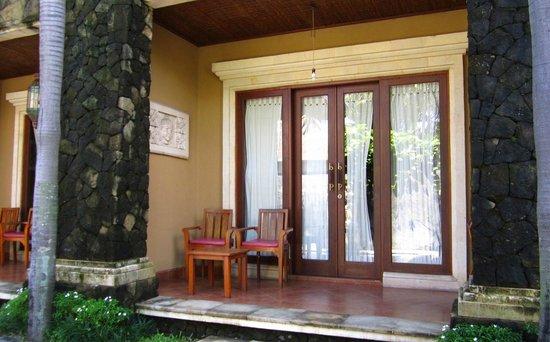 Sindhu Mertha Guest House: наш номер :)