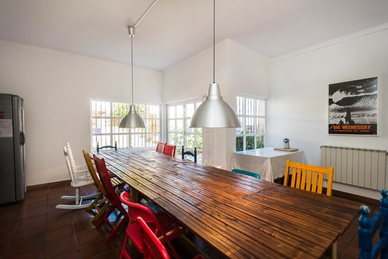 Surf Lisbon - House & School: Dining / Breakfast Room