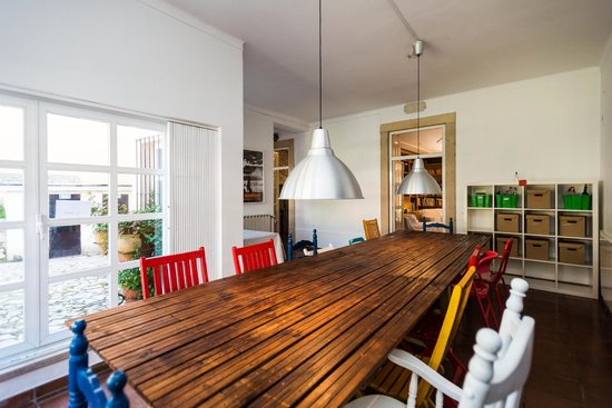 Surf Lisbon - House & School: Dining Room