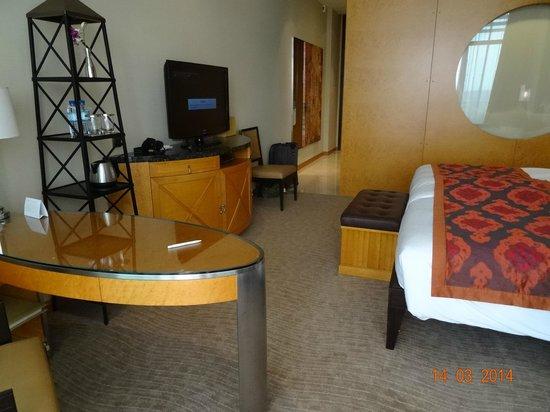 Al Raha Beach Hotel : Pokój