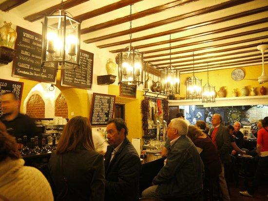 Gourmet Madrid Tours: One stop on our Tapas tour