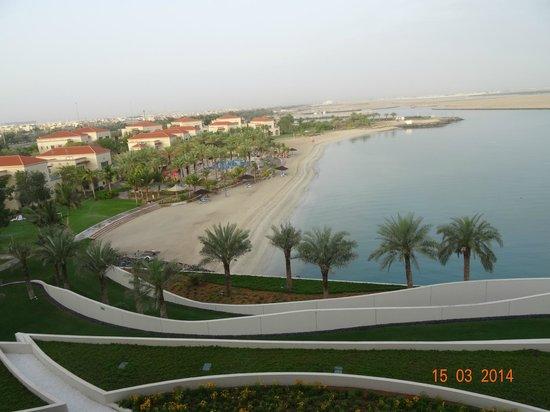 Al Raha Beach Hotel : Widok z pokoju