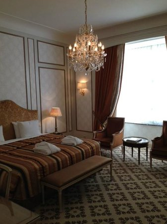 Hotel Metropole: Our Room