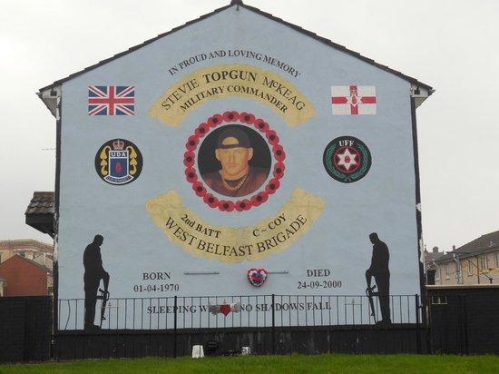 Official World Famous Belfast Black Taxi Tour: Sniper loyaliste ayant été abattu par son propre camp