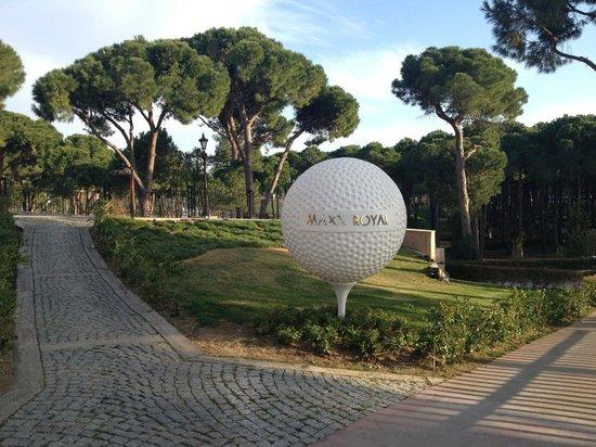 Maxx Royal Belek Golf Resort: гольф
