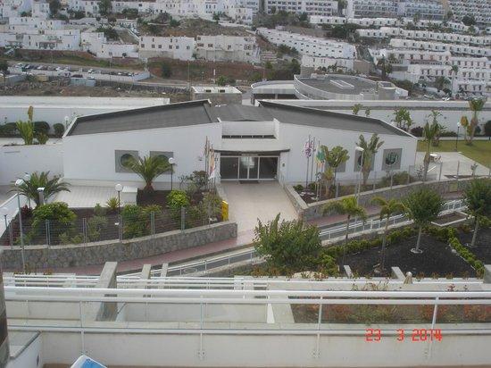 Hotel Servatur Terrazamar Suite & Sun Suite: View of Level from Balcony Level 2