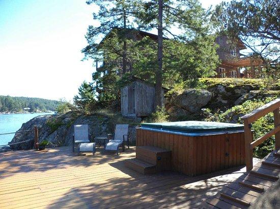 Lund, Canadá: Hot tub deck