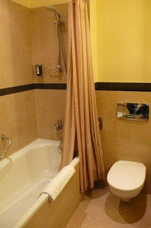 Polonia Palace Hotel: Impianto doccia
