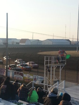 Donnellson, Айова: Lee County Speedway -- Great place go go on a Friday night