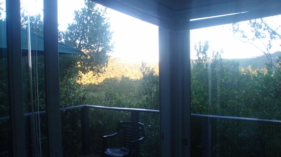 Treehaven Self Catering Accommodation: The balcony and view