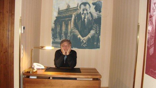 Derag Livinghotel An der Oper: bussinessman :-)