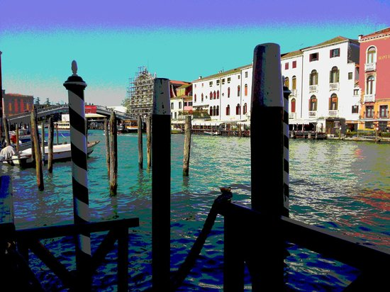Hotel Canal Grande: eat and drink overlooking the canal