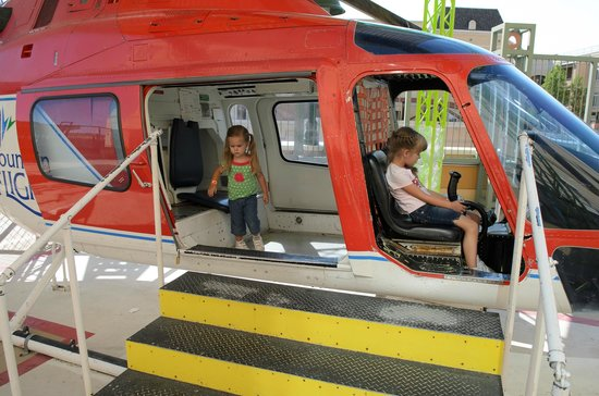Discovery Gateway: Helicopter medical rescue!