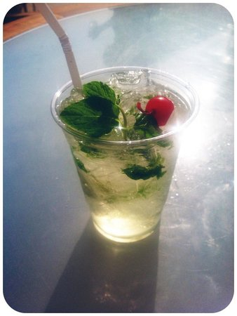 The Westin Las Vegas Hotel, Casino & Spa : Mojito at the Pool Bar