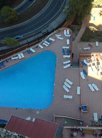 Corona Roja - Playa del Ingles: the pool late afternoon.