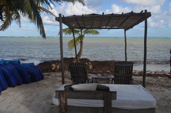 Maya Chan Beach: relaxing