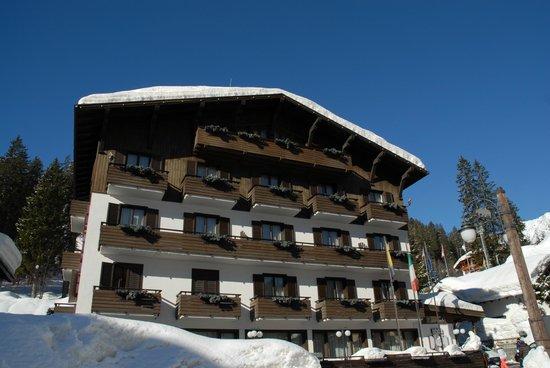 Hotel Miramonti: отель