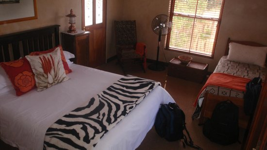 Narnia Farm Guest House: Main room