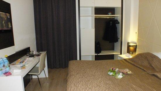 Ambasciatori Hotel : bedroom