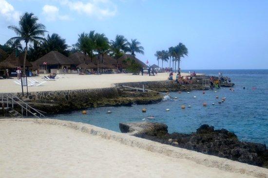 Chankanaab Beach Adventure Park: the snorkeling beach