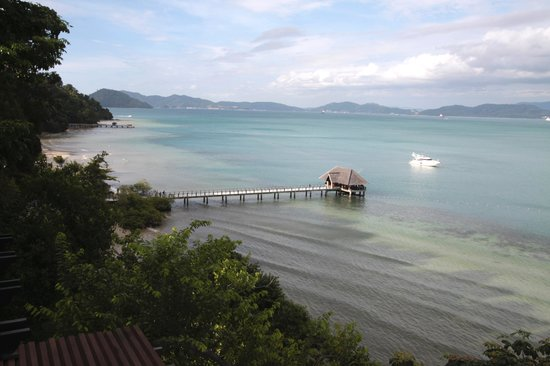 Gaya Island Resort : View from the hill...