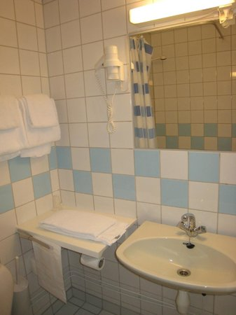 Anker Hotel: Detalle del lavabo