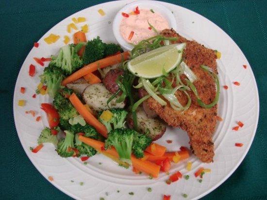 Glacier Bay Country Inn Restaurant : Pan Fried Halibut