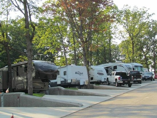 Riviera Villas & RV Resort: Campground
