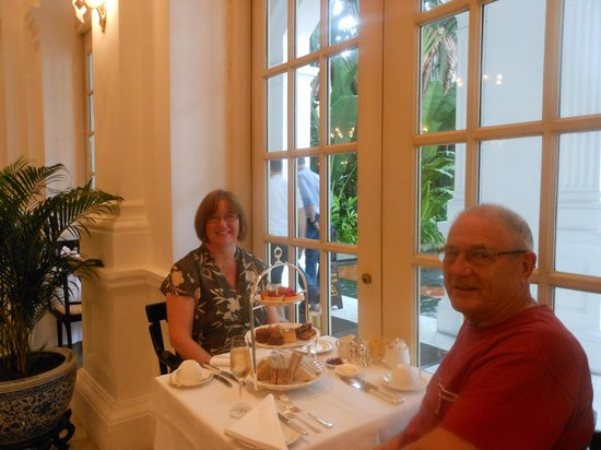 Raffles Hotel Singapore: Afternoon tea in the Tiffin Room