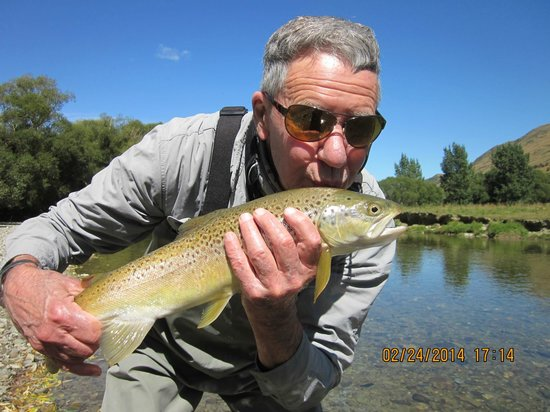 Stu's Fly Shop: Thanks for the experience...back into the river you go!