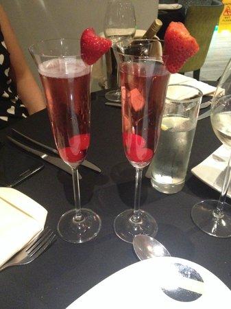 Alessi Indian Restaurant: beautiful cocktails!